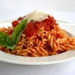 eliche-curly-pasta-with-napolitana-tomato-sauce-8314